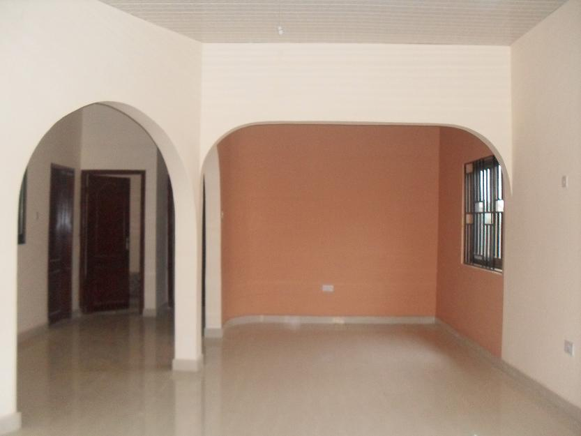 executive 3 bedroom house for sale in spintex road accra ghana
