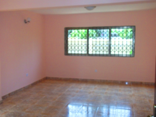 5 Bedrooms Unfurnished House for rent in Labone Accra Ghana_2-1440246491