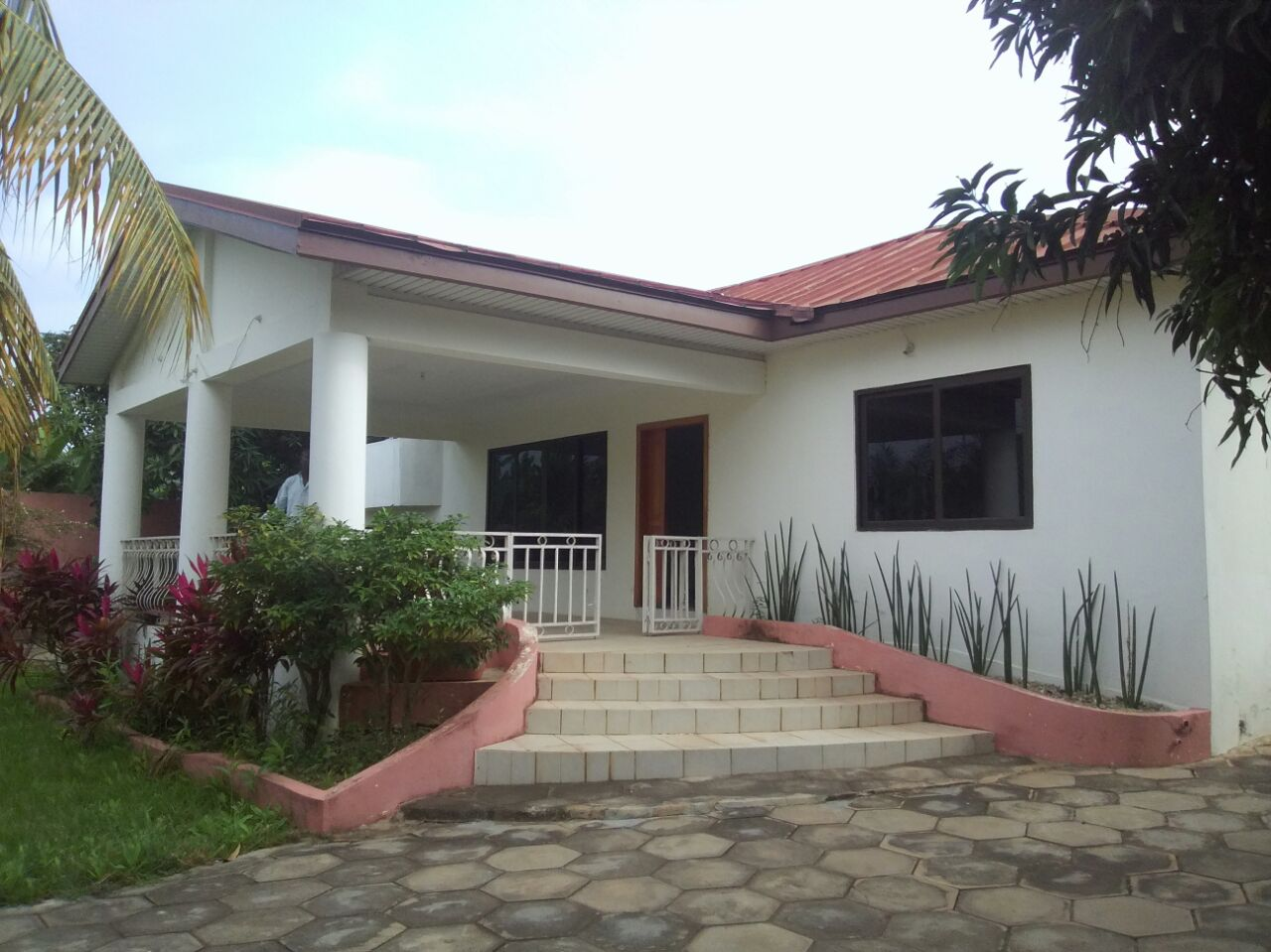 6 Bedrooms House For Sale in Accra Ghana. 6 Bedroom house for Sale in Accra   Ghana Real Estate Portal
