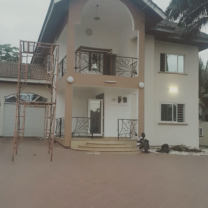3 bedroom House for sale at American House - East Legon