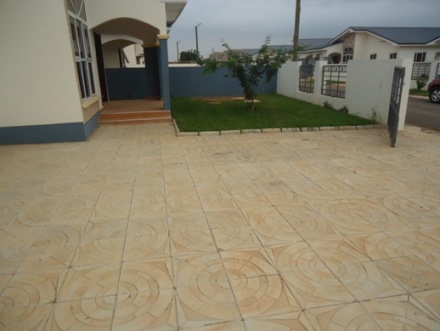 3 bedrooms house for rent at Ubuntu Courts in Oyarifa