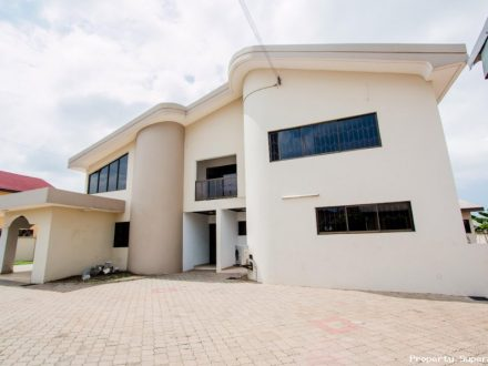 4 Bedrooms House for Rent Around Dede Ayews Place 440x330 Homepage