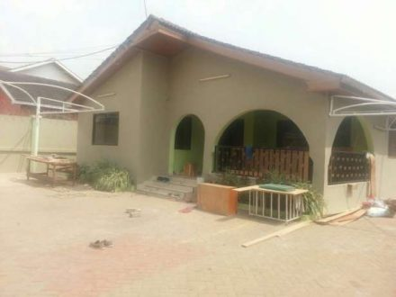 1 good located exec 3 beds self comp house for rent west legon 440x330 Homepage