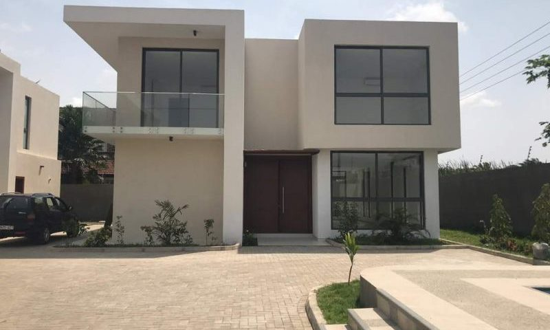 Four Bedroom Townhouse For Rent In Roman Ridge, Accra Ghana