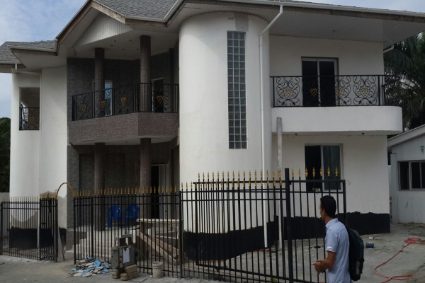4 Bedroom House W Pool To Let In East Cantonments Houses For Sale Houses For Rent In Ghana