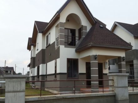 3 Bedroom Townhouse to let in Sakumono 1 440x330 Homepage