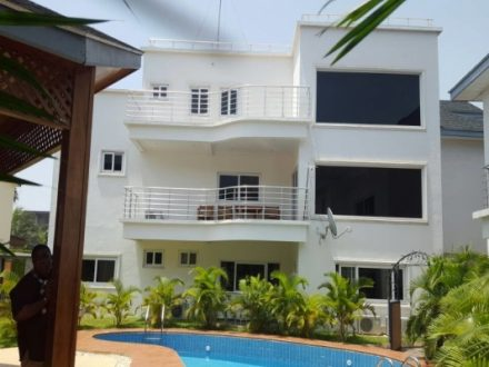 4 Bedroom Townhouse Pool to let in Cantonments 1 440x330 Homepage