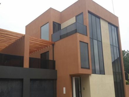 4 Bedroom Townhouse w Pool Gym to let in Cantonments 1 440x330 Homepage