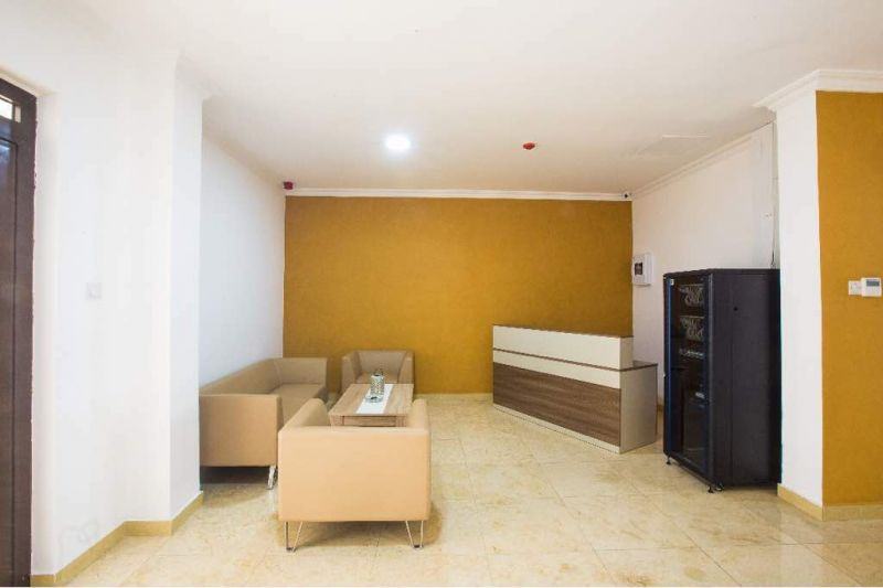 3 bedroom apartment for rent in ridge  houses for sale