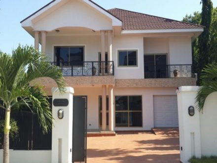 4 Bedroom Standalone House Pool to let in Cantonments 1 440x330 Homepage