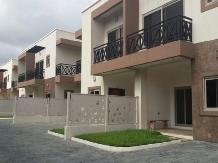 Brand New 3 Bedroom Townhouse Private Pool to let in Airport 1 440x330 Homepage