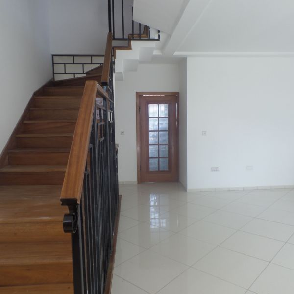 House Townhouse For Rent: 4 Bedroom Townhouse For Rent In East Airport