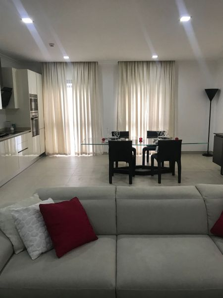2 Bedroom Apartment Interior Design Unique Bathroom 1 2: 2 Bedroom Apartment For Rent In Cantonments