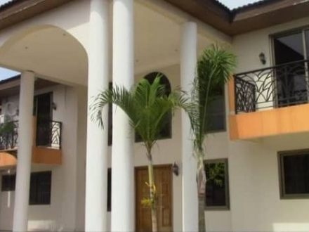 EIGHT BEDROOM HOUSE FOR RENT IN TAKORADI 1 2 440x330 Homepage