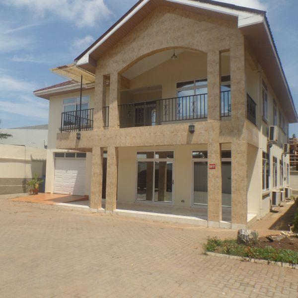 4 Bedroom Townhouse For Rent In Ridge