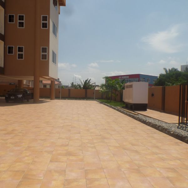 3 Bed Apartment For Rent: 3 Bedroom Apartment For Rent In Ridge