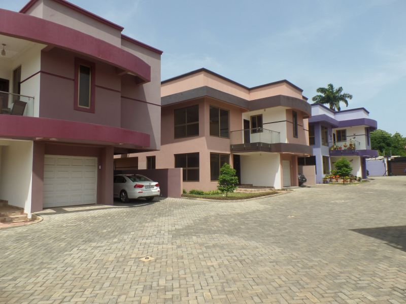 3 Bedroom Townhouse For Rent In Airport   Houses For Sale ...