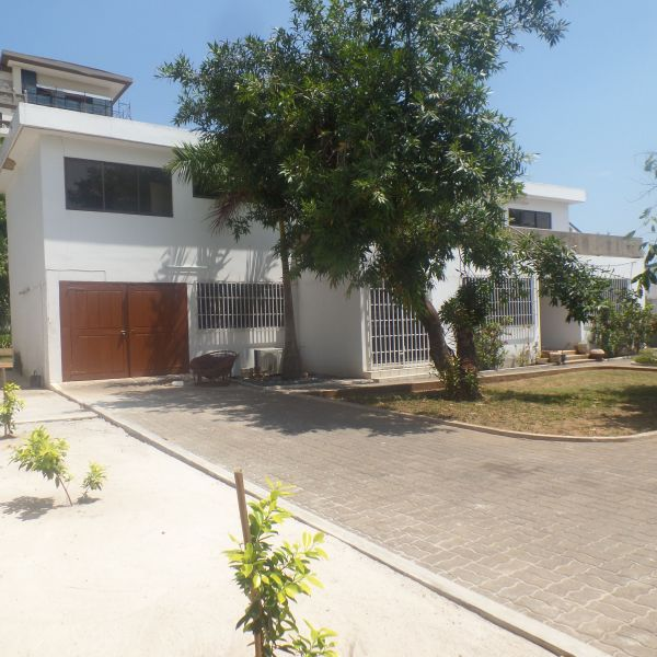 4 Bedroom House For Rent In Airport