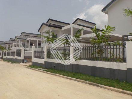 FOUR BEDROOM UNFURNISHED TOWNHOUSES AVAILABLE FOR RENT IN AIRPORT HILLS 1 440x330 Homepage