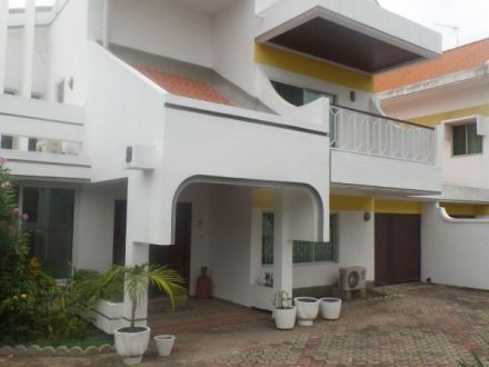 FOUR BEDROOM TOWNHOUSE FOR RENT IN CANTONMENTS 1 440x330 Homepage