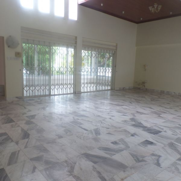 Four Bedroom Houses For Rent: 4 Bedroom Townhouse For Rent In Cantonments