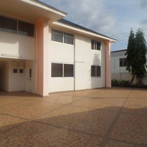 Three Bedroom Rentals: 3 Bedroom Apartment For Rent In Dzorwulu