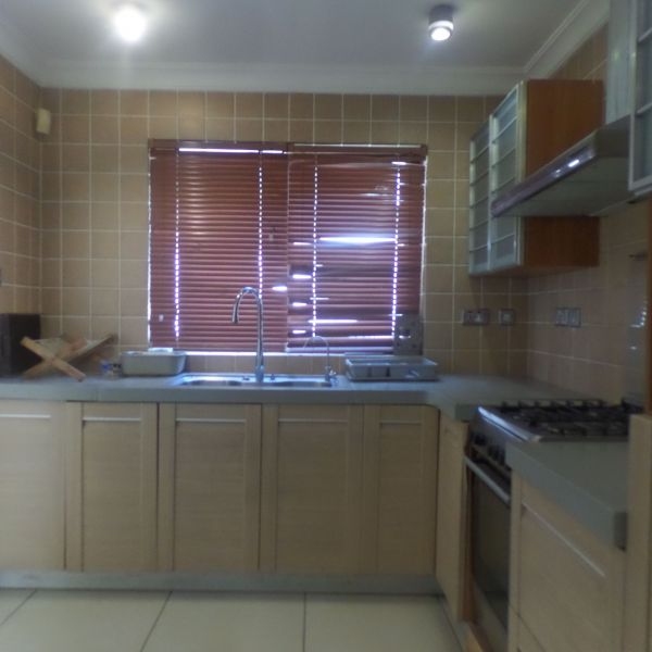 House Townhouse For Rent: 3 Bedroom Townhouse For Rent In Cantonments