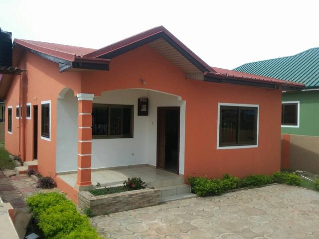 2 bedrooms self compound house for sale at Ashaley Botwe 3 640x480 2 bedrooms self compound house for sale at Ashaley Botwe 3