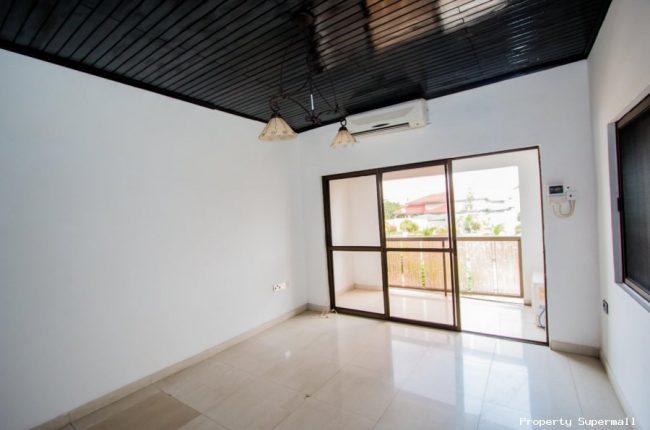 4 Bedrooms House for Rent Around Dede Ayews Place 10 650x430 4 Bedrooms House for Rent Around Dede Ayews Place   10