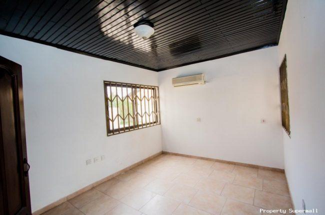 4 Bedrooms House for Rent Around Dede Ayews Place 7 650x430 4 Bedrooms House for Rent Around Dede Ayews Place   7