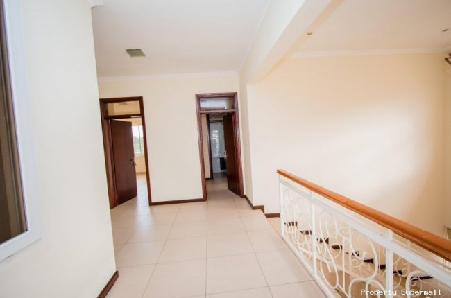 4 Bedrooms House for sale in Accra by The Mahogany Real Estate 4 650x430 4 Bedrooms House for sale in Accra by The Mahogany Real Estate 4