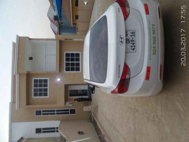 2 new 3 bedroom house for sale  2 new 3 bedroom house for sale