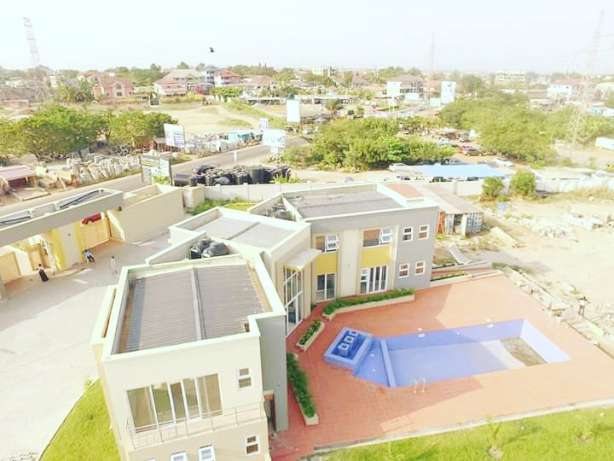 2 new 4 bedroom house for sale  2 new 4 bedroom house for sale