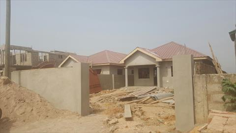 3 bed room house for sale at Ashongman1 3 bed room house for sale at Ashongman1