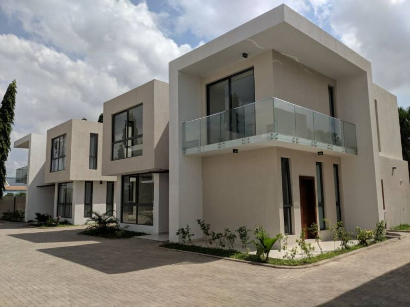 1 bedroom townhouse four bedroom townhouse for rent in ridge accra 10005