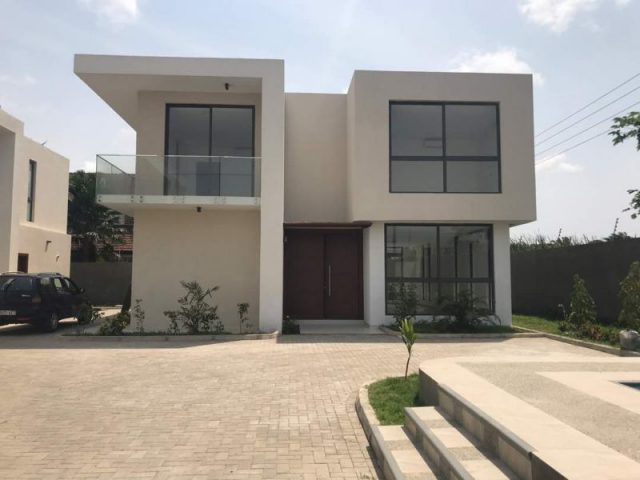 %name Four Bedroom Townhouse For Rent In Roman Ridge, Accra Ghana (8)