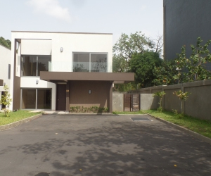 FOUR BEDROOM TOWNHOUSE FOR SALE IN RIDGE 1 Homepage