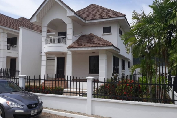 3 bedroom townhouse for rent at cantonments accra 17995 | 3 bedroom townhouse for rent at cantonments 1 1