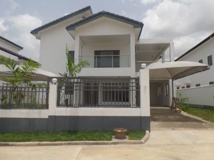 FOUR BEDROOM TOWNHOUSE FOR SALE IN AIRPORT HILLS 1 440x330 Homepage